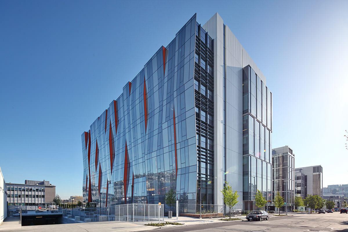 Architecture Building Front Elevation : University of washington medical center phase